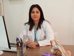 PODOLOGIA DEPORTIVA experta en Biomecanica
